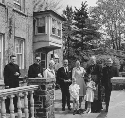 Cardinal Krol with Grace Kelly and family, 1963